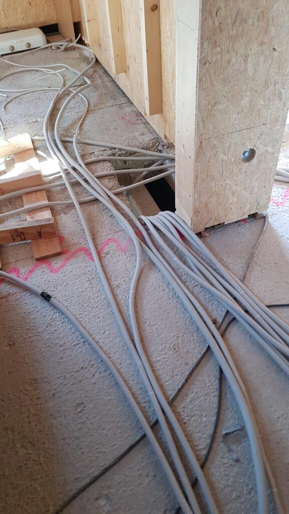 Leitungen in Leerrohren