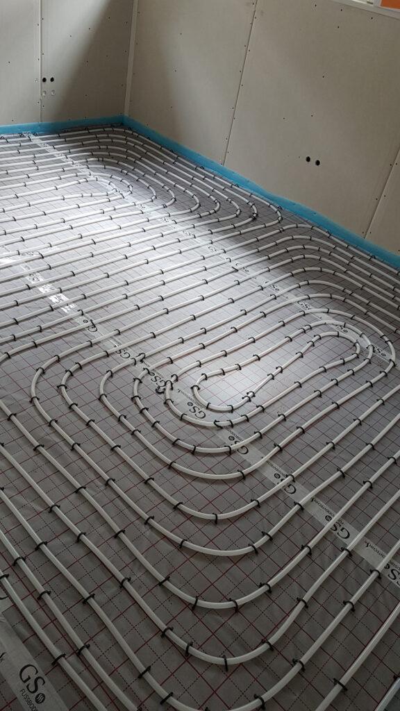 Fußbodenheizung verlegt